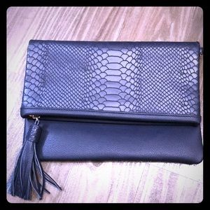 GiGi New York Convertible Clutch